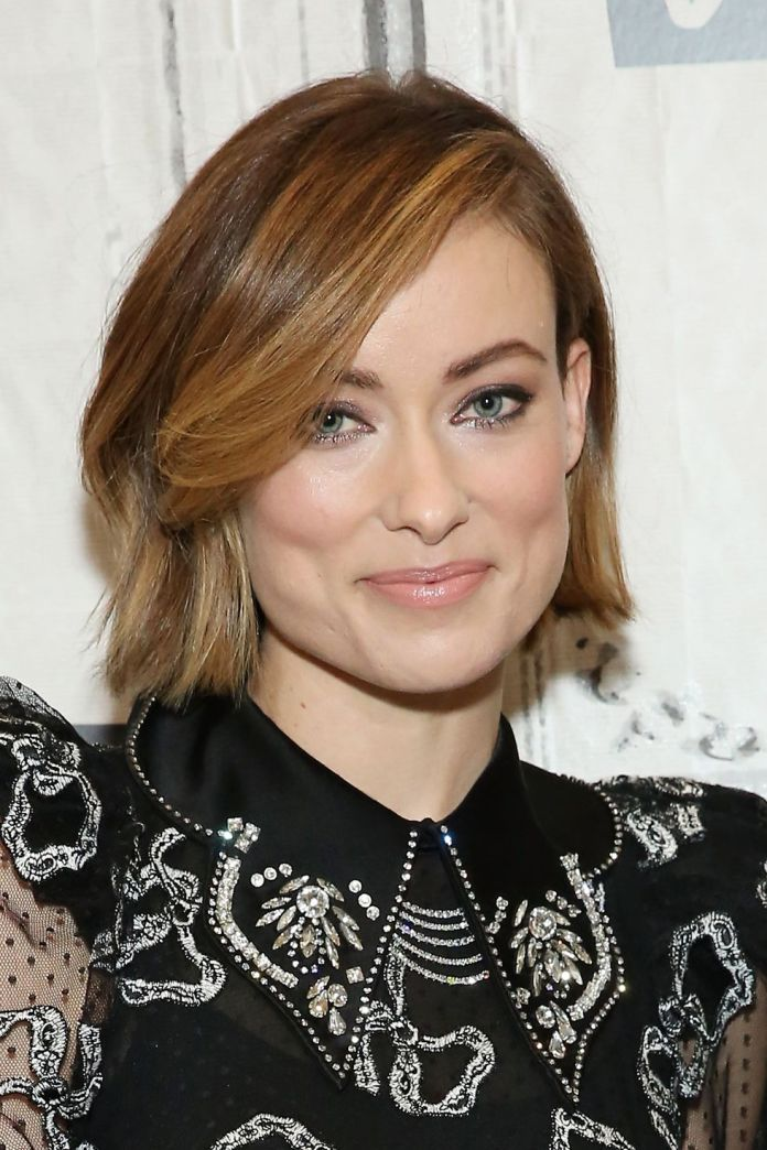 Caramel-Highlights 10 Flirty and Flattering Light Brown Hair Color Ideas to refresh your casual look