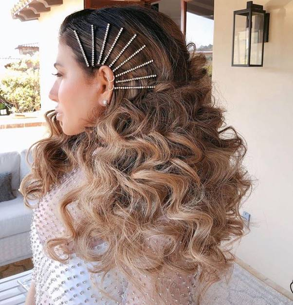 Curly-Hair-Ombre Bewitching Brunette Ombre Hair Ideas (2020 Guide)