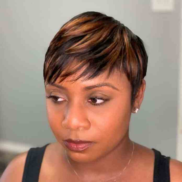 Pixie-with-Highlights Gorgeous Black Hairstyles with Highlights