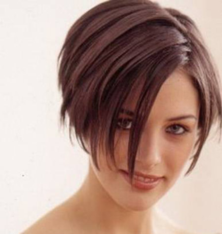 Ravishingly-Attractive-Black-Straight-Hair Short Hairstyles for Straight Hair