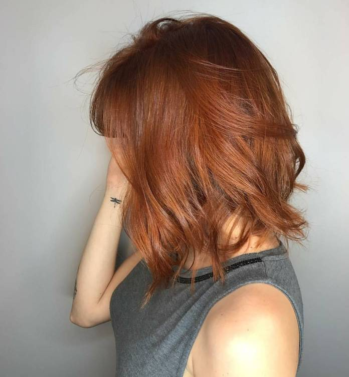 Russet-Red-Auburn-Haircut Cute Medium Length Hairstyles to Glam Up Your Look