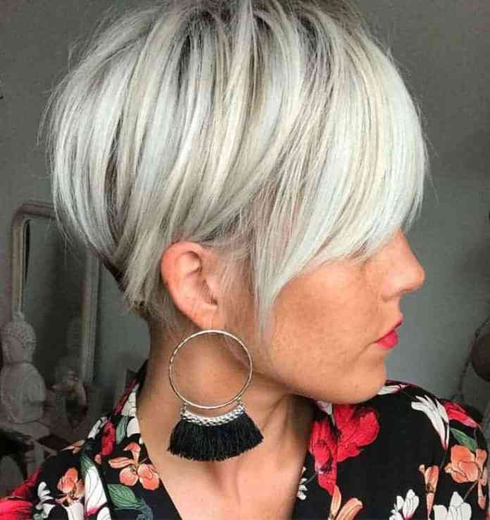 Short-Pixie Icy Blonde Hairstyles That'll Convince You to Go White