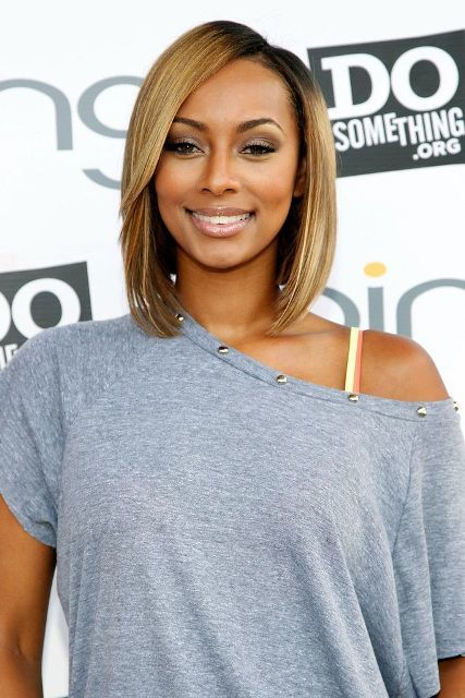 Side-swept-bangs Cutest Bob Haircuts for Women to Bump Up The Beauty