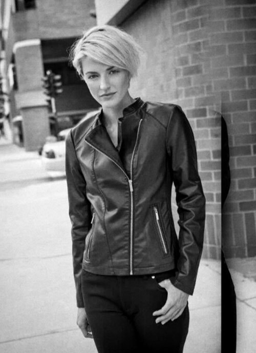 Very-short-inverted-bob Captivating Inverted Bob Hairstyles That Can Keep You Out of Trouble