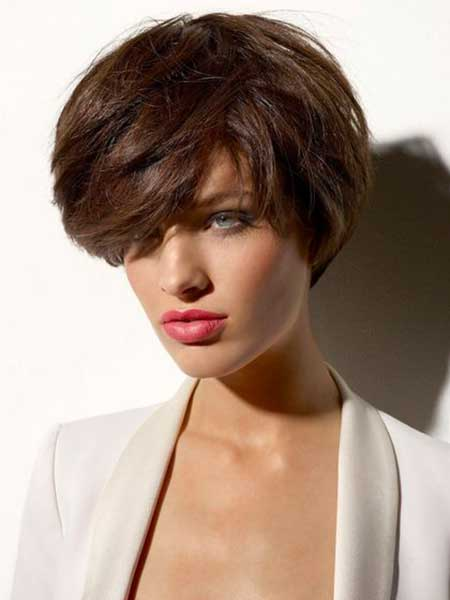 Voluminous-Front-Typical-Bob-Hairstyle Bob Hair Styles for 2020