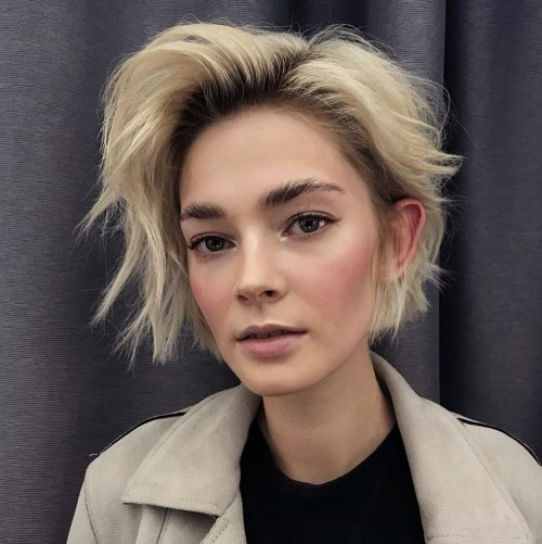 Voluminous-Shorter-Shag 12 On-trend Hairstyles for Oval Faces You'll be dying to try!