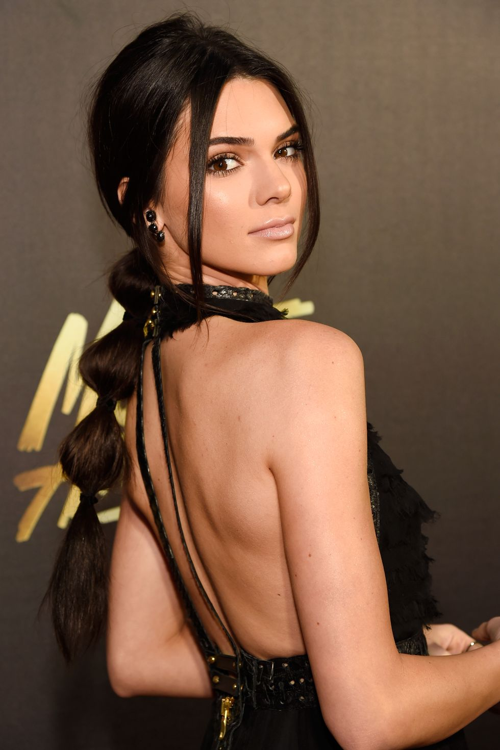 Bubble-Ponytail 14 Stunning Long Hairstyles To Try In Summer Time
