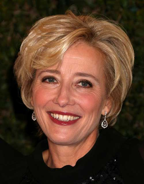 Golden-blonde-hair-color-layers-and-voluminous-blow Beautiful Short Haircuts for Older Women
