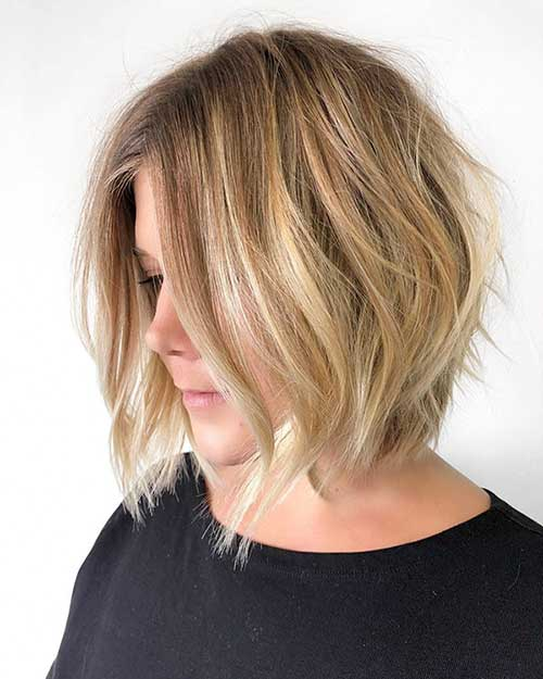 Messy-Blonde-Bob Super Short Haircuts for Women