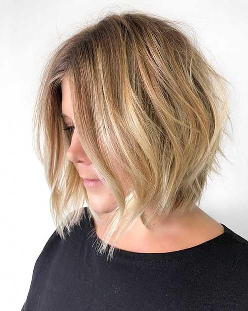 Messy-Blonde-Bob Super Short Haircuts for Women