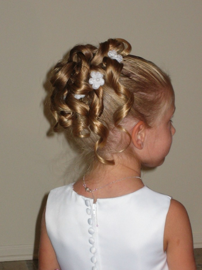 Pony-Role-Hairstyle Most Cutest Flower Girl Hairstyles