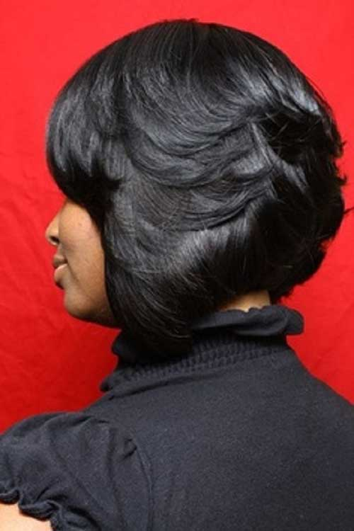 Short-Feathered-Layered-Bob-Hairstyle-For-Black-Women Naturally Short Hairstyles for Beautiful Black Women