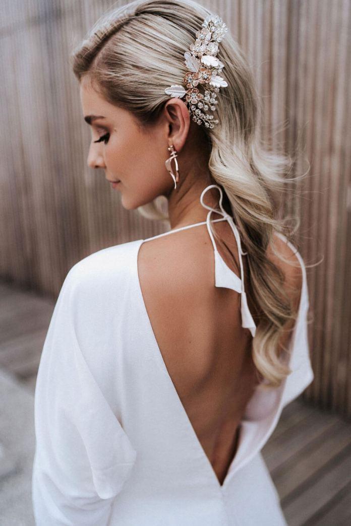 Side-Accessorized-Look Ultra Modern Wedding Hairstyles 2020