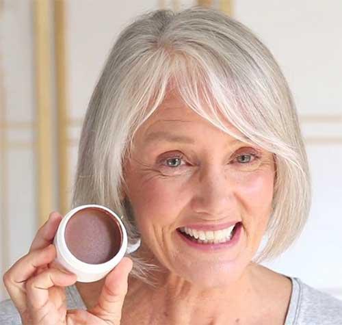 Simple-Short-Hair-1 Beautiful Short Haircuts for Older Women