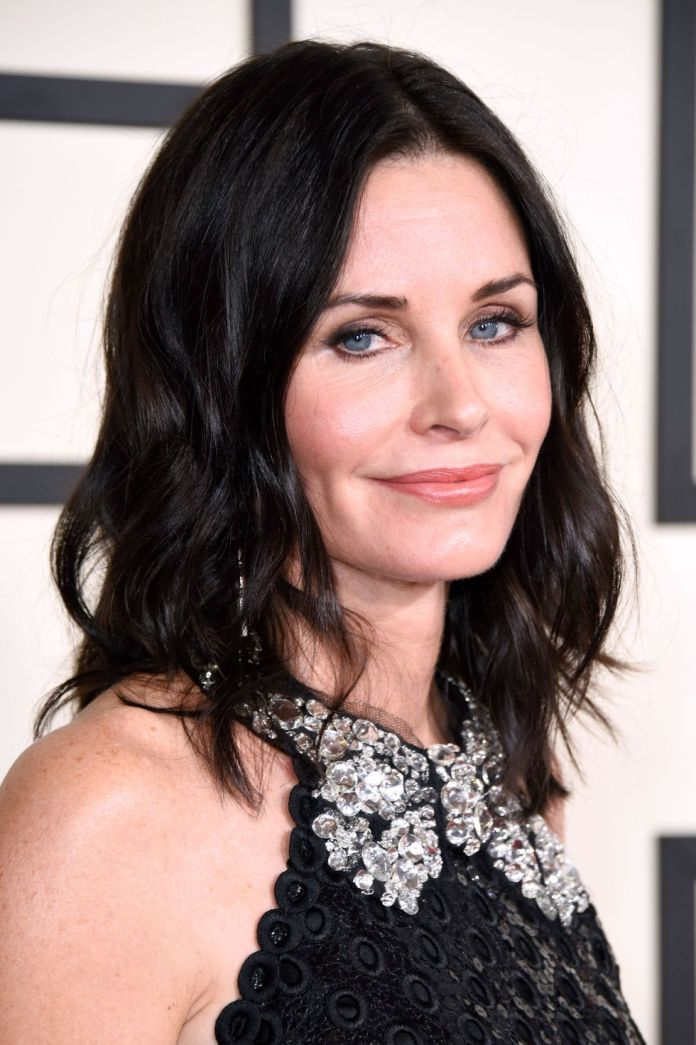 Smooth-and-Casual 12 Best Shag Haircuts That Look Stunning on Everyone