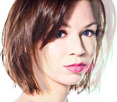 Sweet-Interesting-Messy-Look Gorgeous Layered Cut Bob Hairstyles