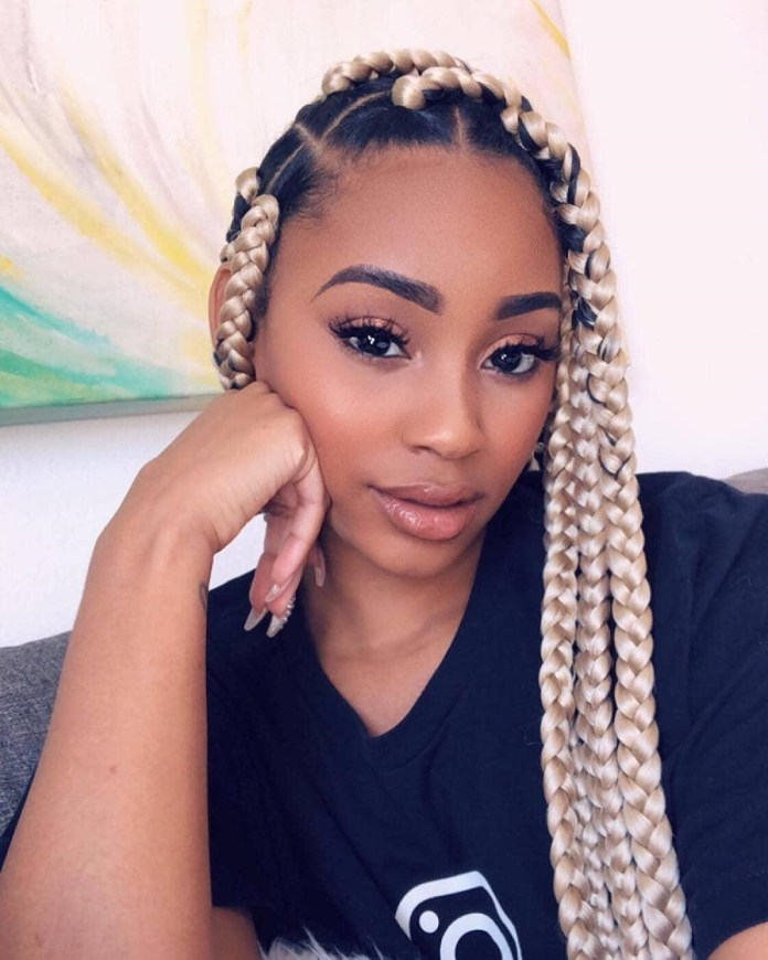 Thick-Box-Braids-with-Blonde-Highlights Long Braided Hairstyles to Look Beautiful as Never Before