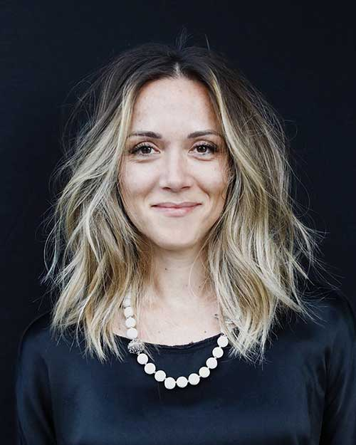 Wavy-Hairstyle-for-Short-Hair-Women Super Short Haircuts for Women
