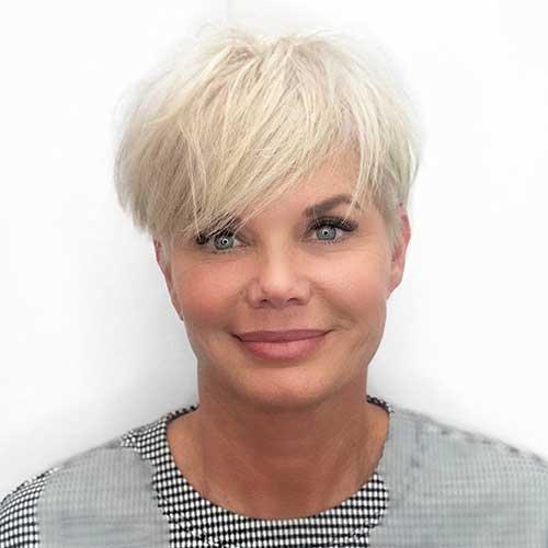 Women-with-Short-Hair-Cut Super Short Haircuts for Women