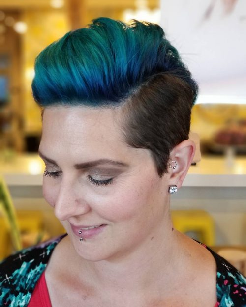 edgy-pixie 10 youthful and stylish short hairstyles for women over 40