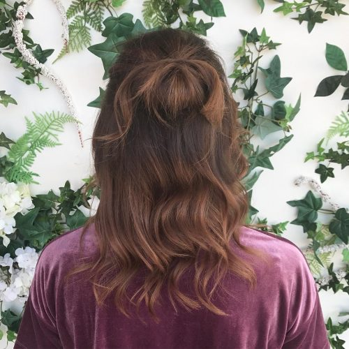 effortless_spring_knot 14 Medium Hairstyles for Women in 2020