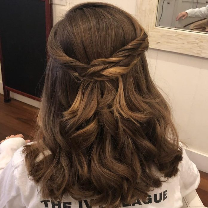 half-updo-with-loose-curls 14 Medium Hairstyles for Women in 2020