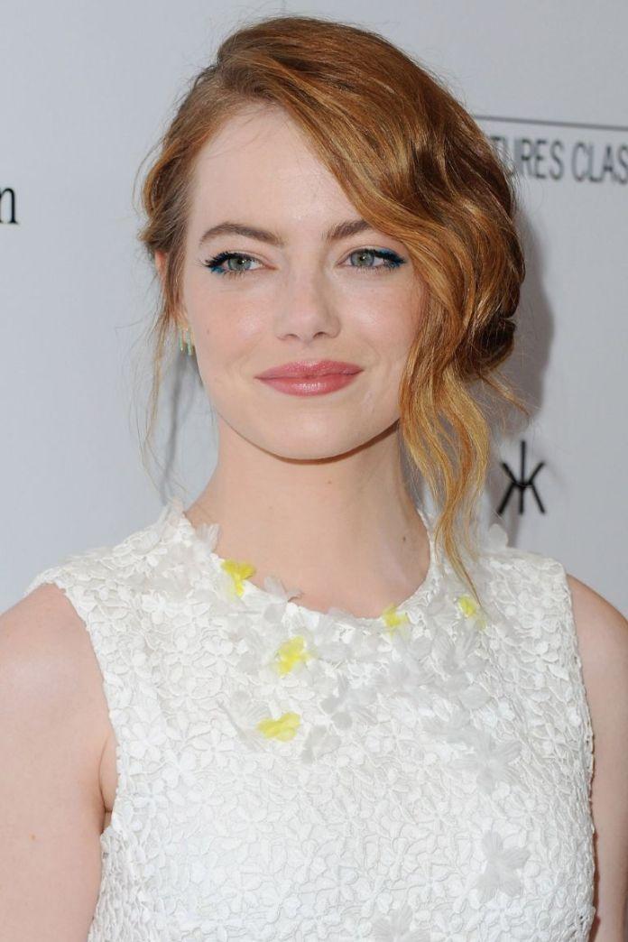 Chestnut-Blonde-Side-Bun 20 Blonde Hairstyles 2020 to Flaunt this Year