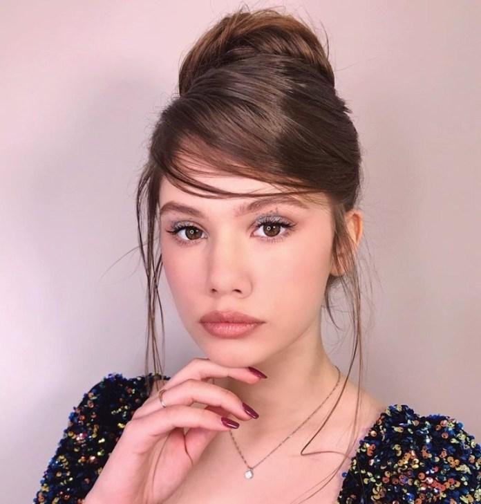 Classy-Messy-Bun 15 Fabulous Hairstyles for Fine Hair