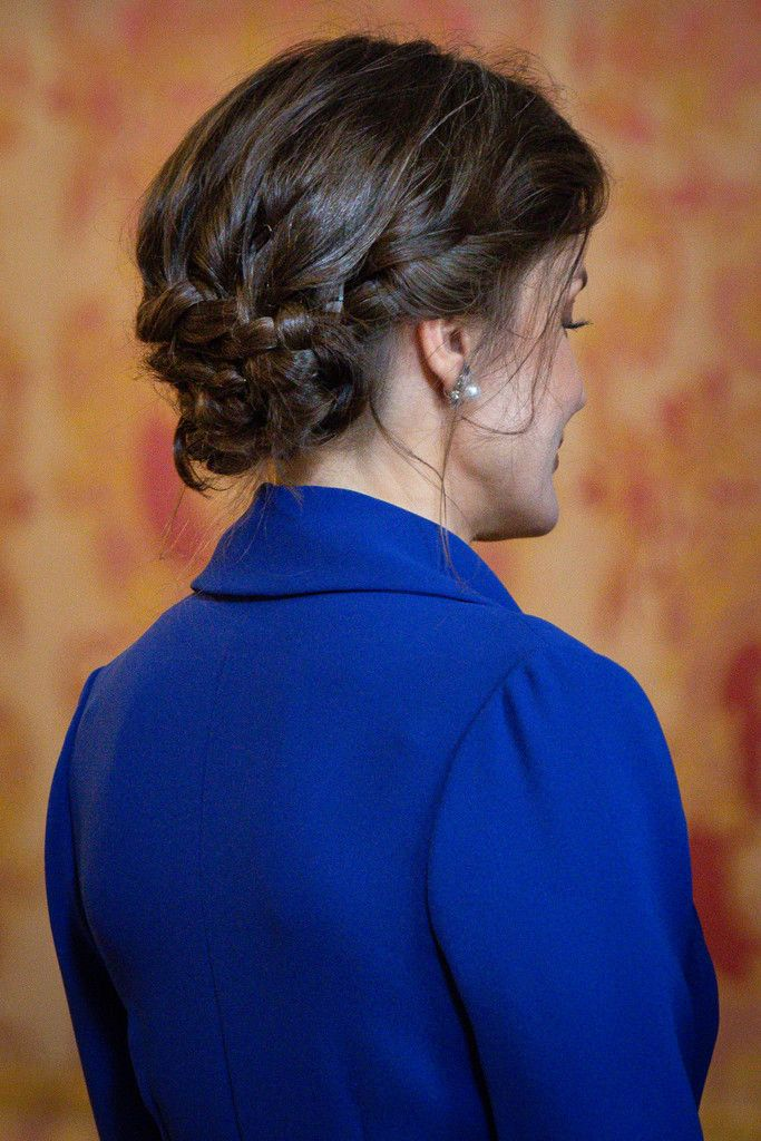 Messy-Low-Bun Hair Trends 2020 – 30 Hairstyles to Glam Up Your Look