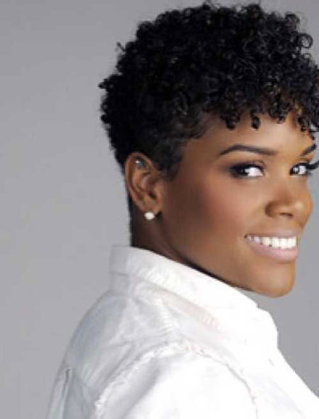 Pretty-Hair 33 Short Curly Natural Hairstyles for Black Women