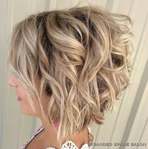 Short-Angled-Bob-with-Loose-Curls Best Short Layered Haircuts for Women