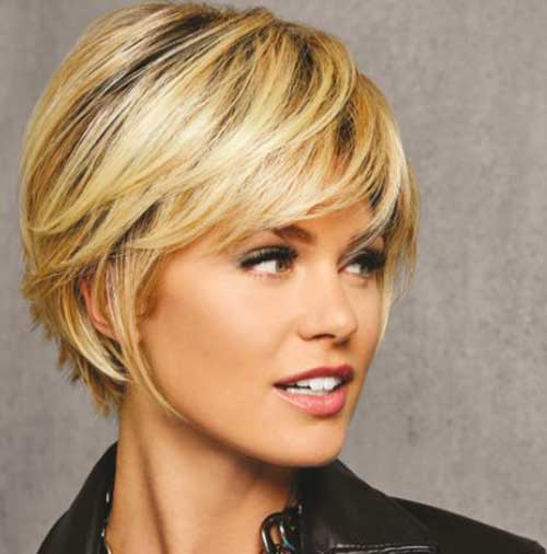 Textured-Fringe-Bob 20 Layered Short Haircuts for Women