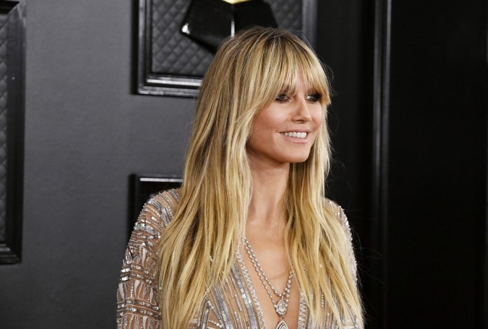Waves-with-Curtain-Bangs Hair Trends 2020 – 30 Hairstyles to Glam Up Your Look