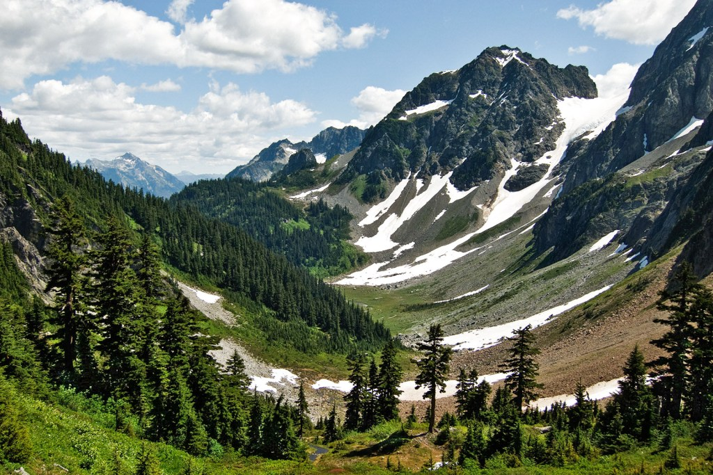 Hiking the North Cascades: 4 Spectacular Day Hikes - the unending