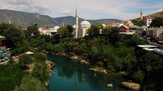Koski Mehmed-Pasha Mosque as seen from Stari Most.