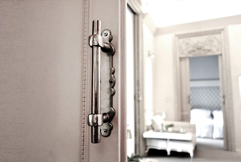 El Palauet Living Barcelona Luxury Hotel Apartments Beautiful Doors