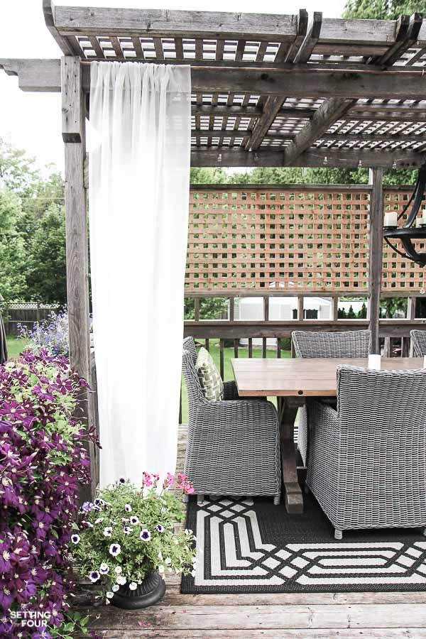 18 Gorgeous DIY Outdoor Decor Ideas For Patios, Porches ... on Diy Back Patio Ideas id=17185