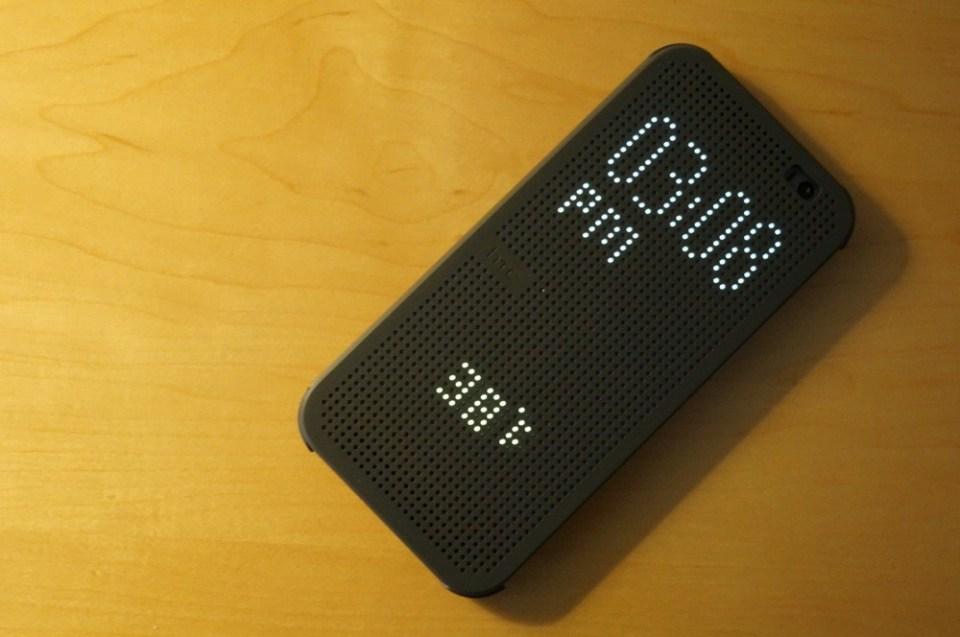 HTC-Dot-View-3