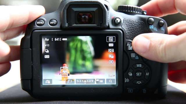Canon 700D