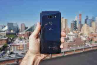 LG V35 Against the City
