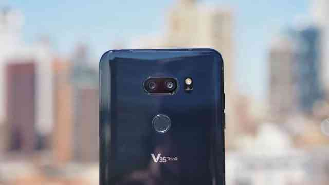 LG V35 Close Up on Cameras
