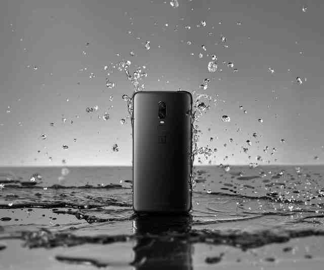 OnePlus 6 Water