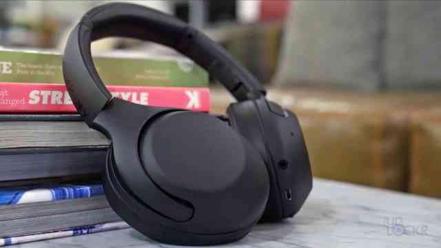 Sony WH-XB900N