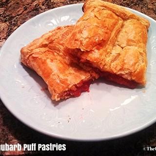 Pop Tarts 2.0 : Strawberry Rhubarb Puff Pastries