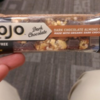 Product Review: Clif Mojo Dark Chocolate Trail Mix Bar
