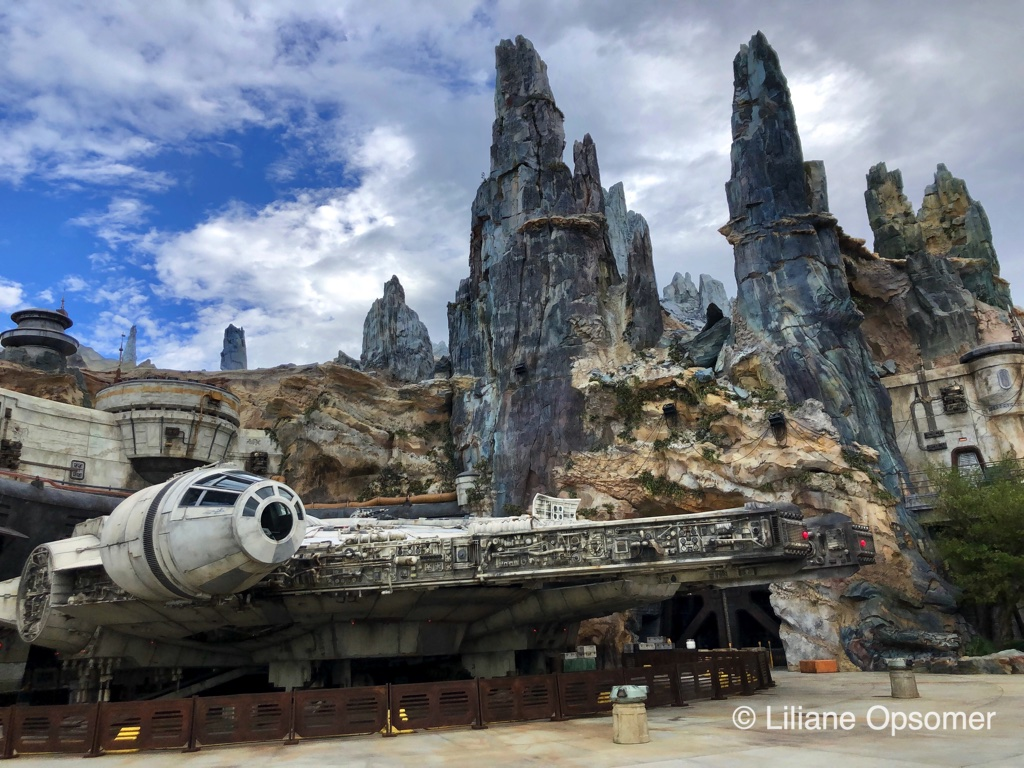 Star Wars Galaxy S Edge Top 6 Differences Between Disneyland And Walt Disney World