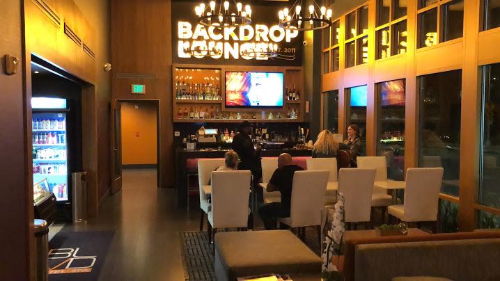 BLVD Hotel & Spa Universal Studios Hollywood lounge