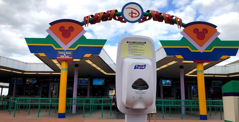 Covid-19 theme park closures