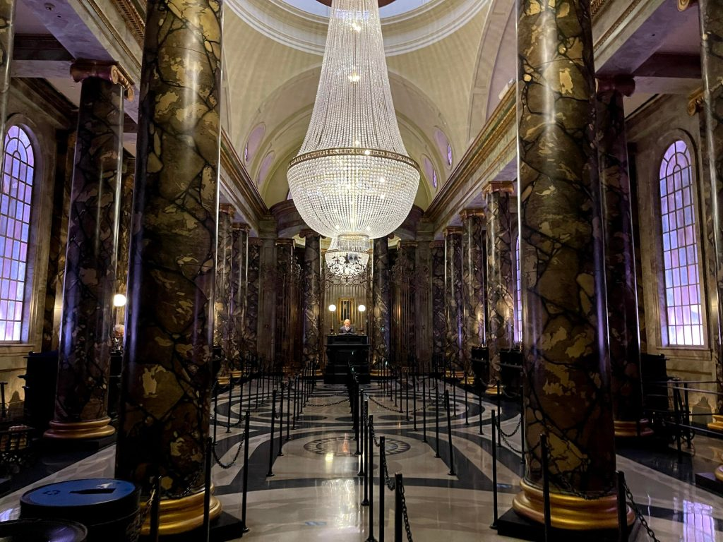 Diagon Alley Harry Potter and the Escape From Gringotts lobby during Early Park Admission at Universal Studios Florida