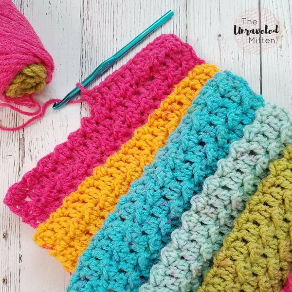 Textured Infinity Scarf Pattern Using One Caron Cake | The Unraveled